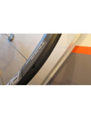 The wider asymmetric rim comes in both 700c/29in and 650b diameters