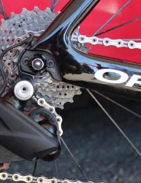 The FSA rear derailleur is connected to a central battery by a cable
