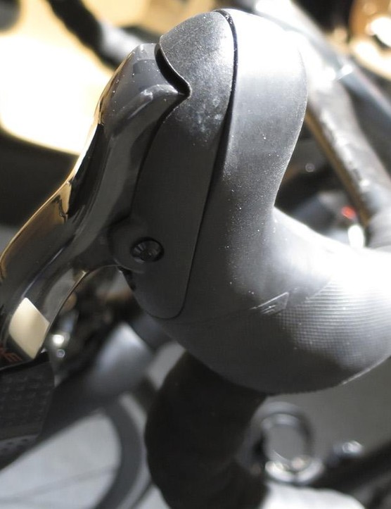 The WE shifter has two options on brake lever length, adjustable reach and uses a rocker style switch for shifting