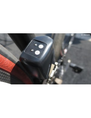 The front mech features LEDs that let you know battery level, so you don't have to rely just on the app