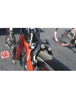 The K-Force brakes offer great rim capacity between 18-28mm, plenty big enough for the widest carbon rims around