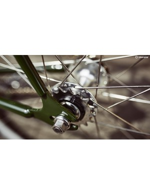 The bike comes ready for singlespeed or fixed-gear use