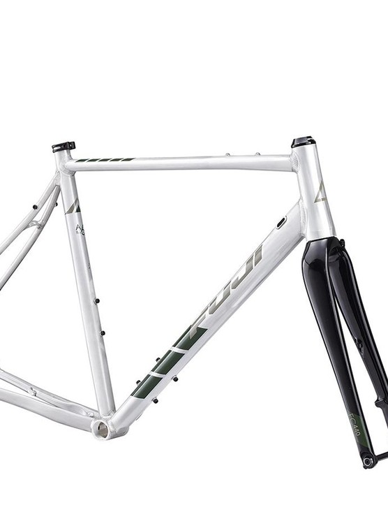 Riders can also purchase the Jari as a frame with fork and headset