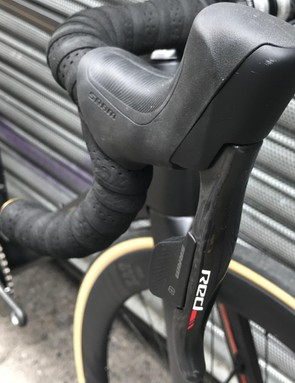 The Supreme comes with the full SRAM Red groupset, including shifter and disc brakes