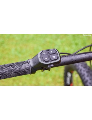 The RideControl switch unit is integrated with the left grip