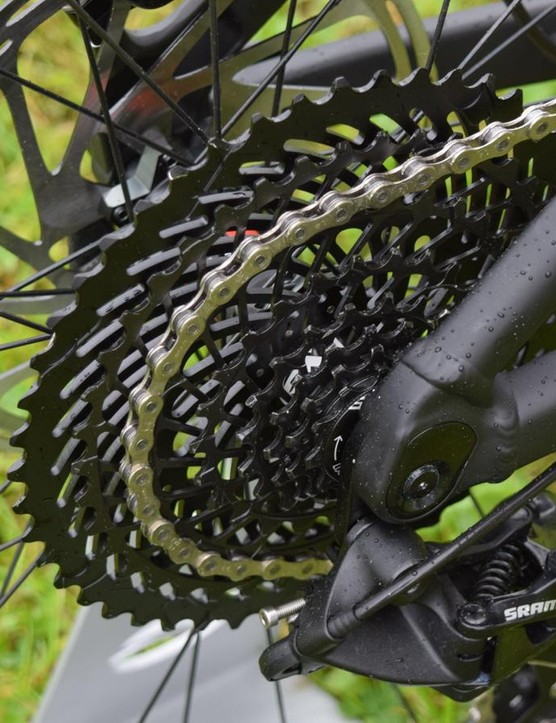 With a helping hand, the big jumps on this 11-48T 8-speed cassette proved no issue