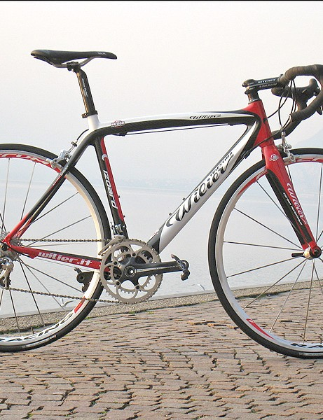 The 2008 Wilier Triestina Izoard offers a lower cost alternative to the Le Roi and Cento.