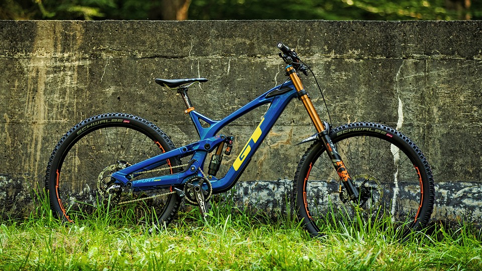 586b90d7ee2 GT's new Fury downhill bike is happy with 650b or 29in wheels ...