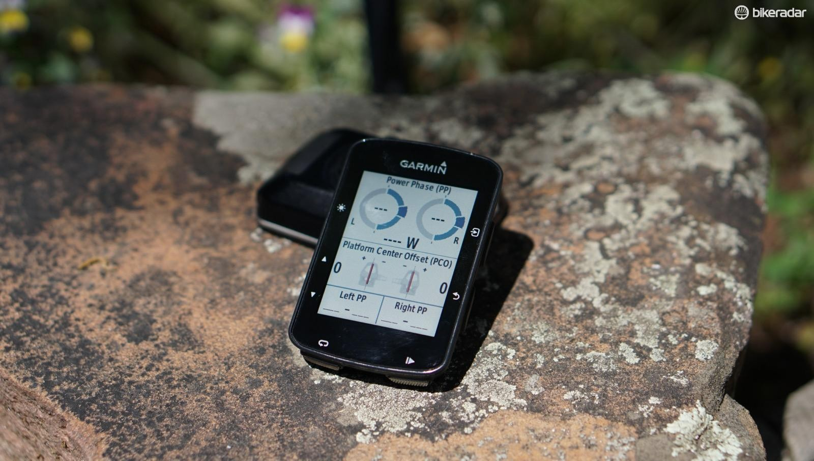 Some of the 520 Plus features require more Garmin products, such as Vector pedals for Cycling Dynamics, or a Varia rear radar for approaching vehicle alerts