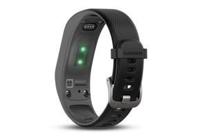 The Garmin Vivosmart uses an optical heart rate monitoring