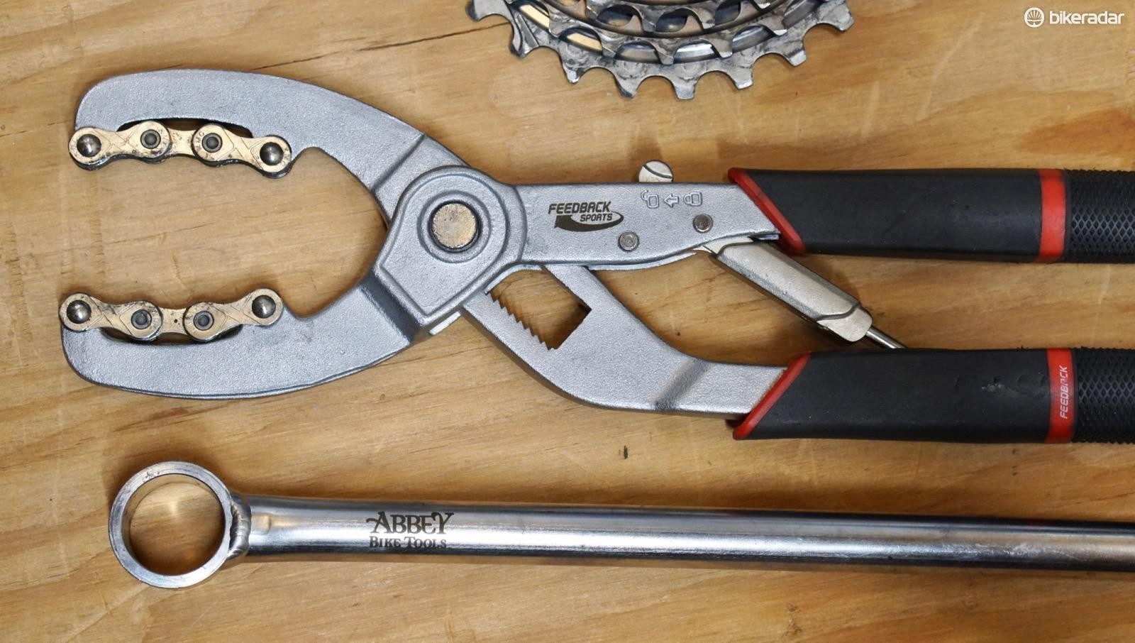 Feedback Sports' cassette pliers + Abbey Bike Tools' Crombie lockring tool = easy cassette work