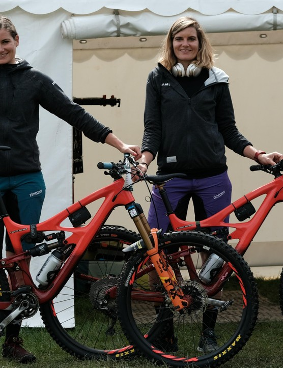 Anita Gehrig and Caroline Gehrig on shiny new Ibis HD4s