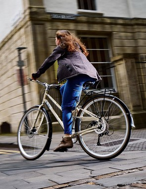 The Columbia Road is more for the rider who wants a nippy town bike with an easy-access step-through frame