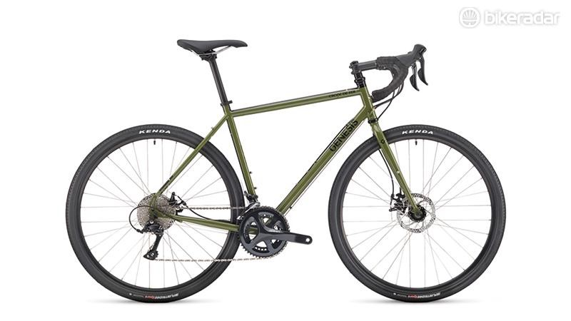 The Croix de Fer 10 gets a crumbly frame and fork and an attractively utilitarian green olive paint job