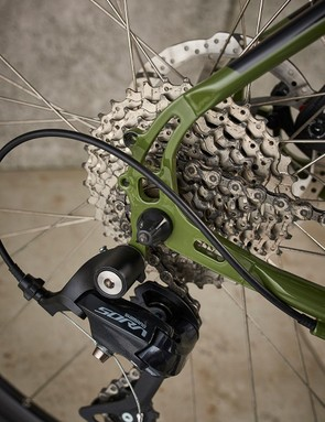The frame's paint job looks great, but take care with the threads in the rack mounts