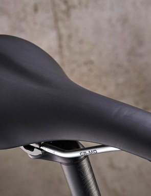 Genesis Road Comfort saddle offers exactly that, over short rides