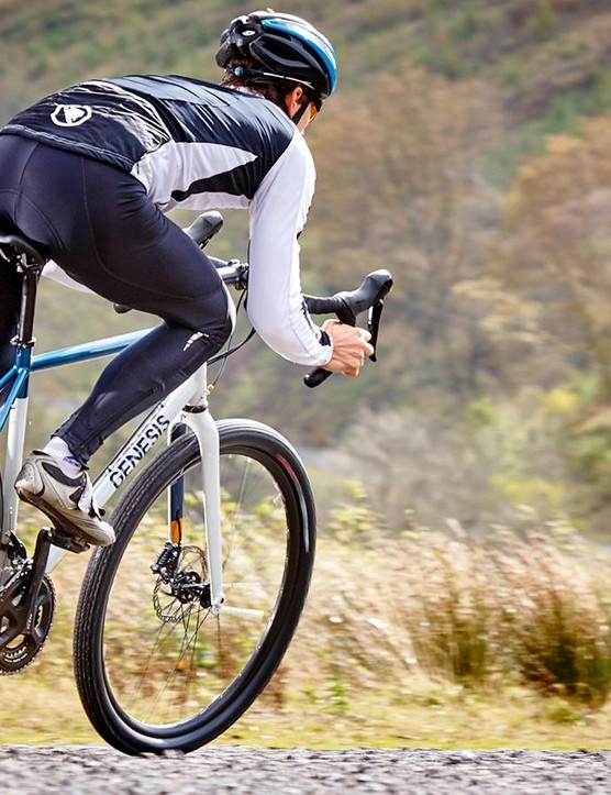 Large-volume tyres make the Fugio fit for gravel and more