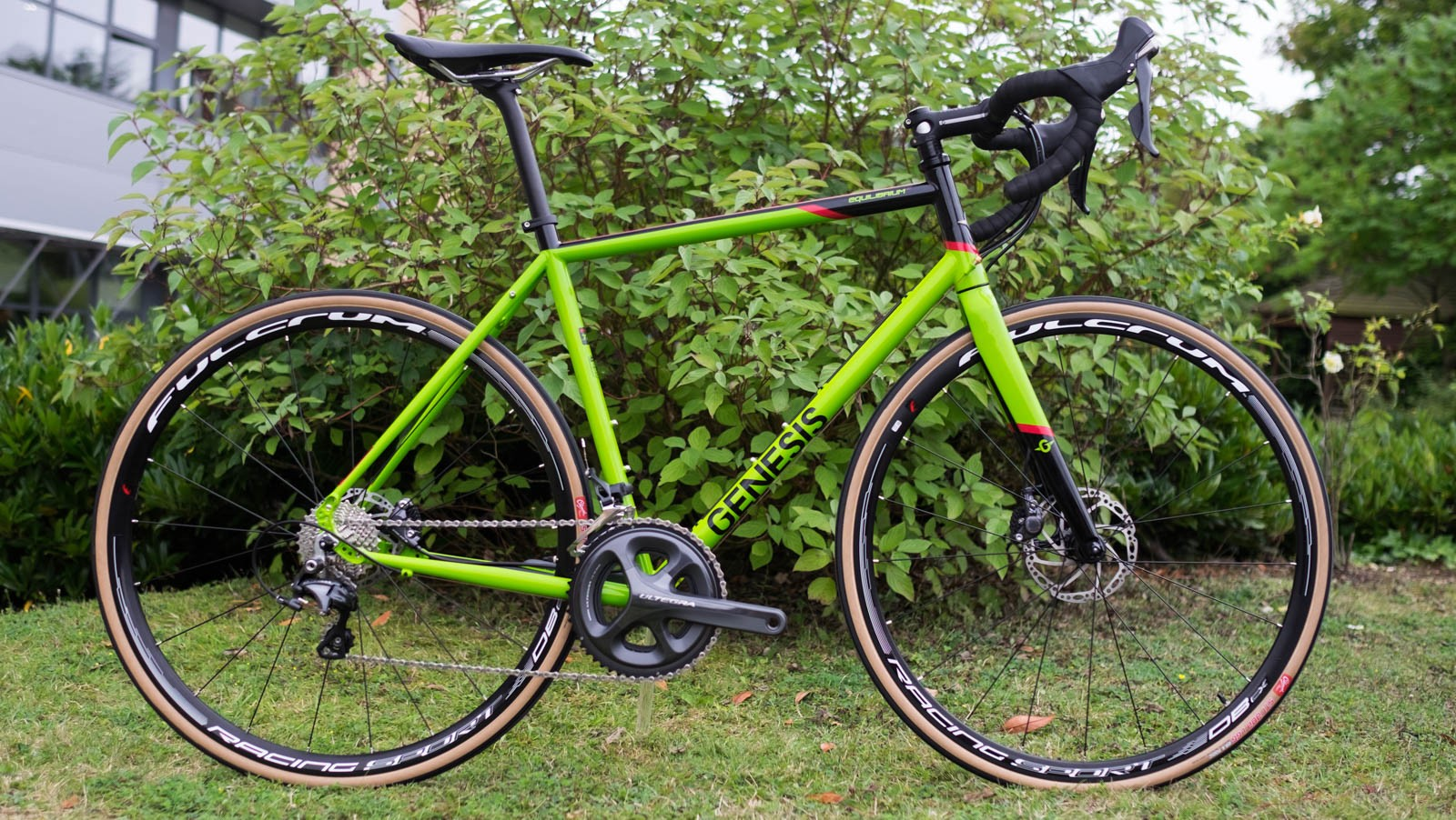 The new Genesis Equilibrium 30. Zesty, made of metal and lust-worthy