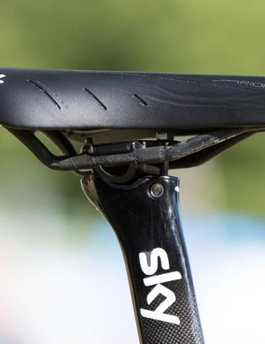 Thomas chooses a Fizik Arione K1 Tri saddle for those long days at the office