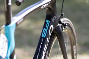 The Dogma F8 borrows the truncated aerofoil-shaped tube concepts from the company's time-trial specific Bolide