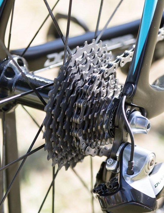 Shimano Dura-Ace Di2 11-speed handles the shifting duties