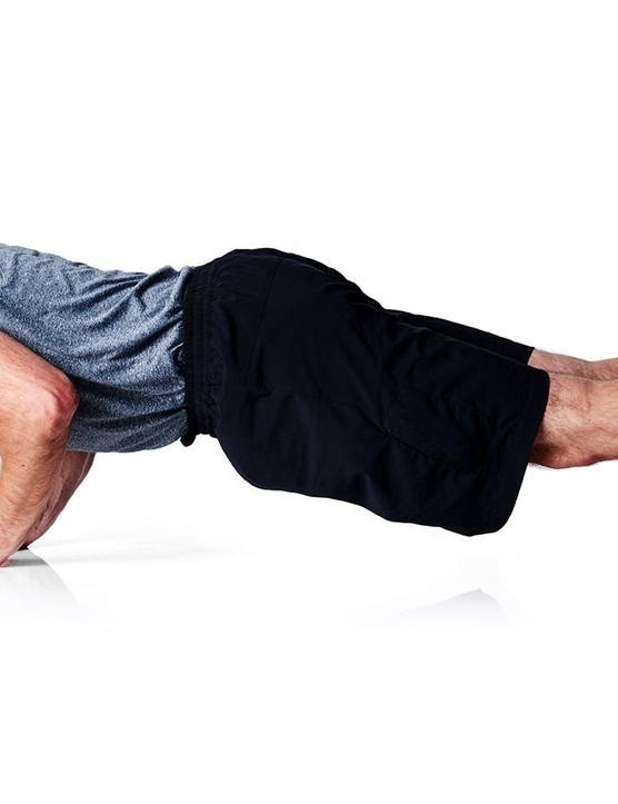 Close-Arm press-up