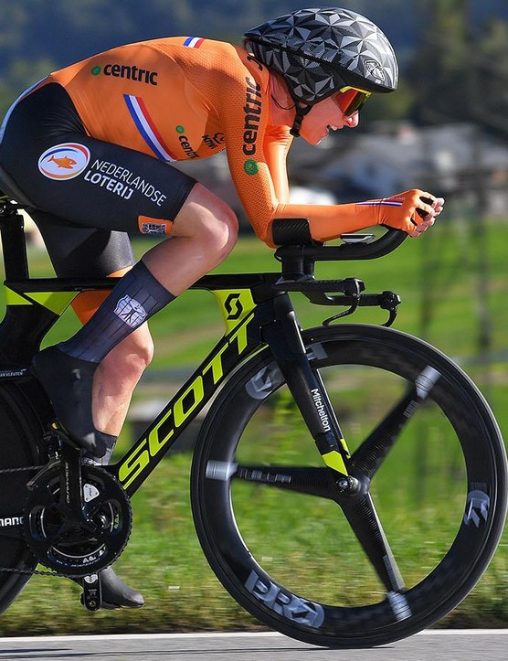 Annamiek Van Vleuten won her second world championship title this week