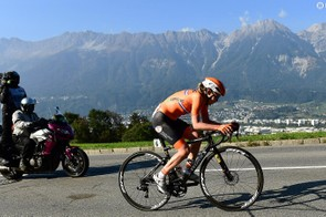 Van der Breggen racing her custom S-Works Tarmac to victory during the world championships