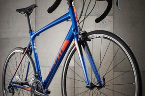 Its rack and guard fittings open up the Contend for commuting and day-to-day riding