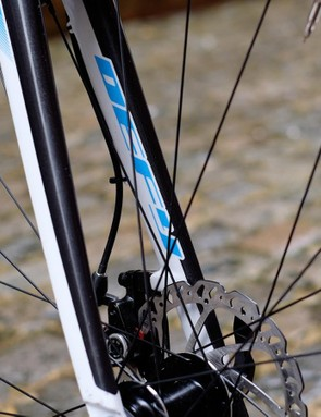 The front end is impressively predictable and TRP's Spyre disc brakes are solid performers