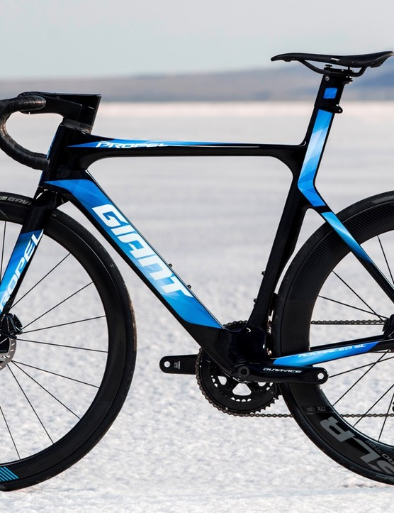 The top-end Propel Advanced SL Disc 0 will come with full Shimano Dura-Ace including power meter and sprint shifters