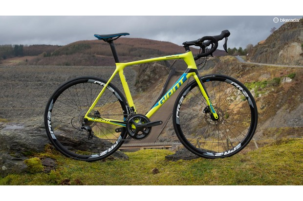 The Giant TCR Advanced 1 Disc offers racy handling and disc-brake confidence
