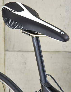 A slimline carbon seatpost is welcome on a machine in this price bracket