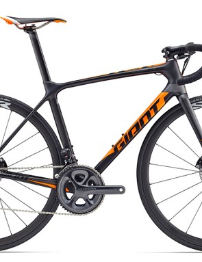 The TCR Advanced Pro Disc model comes in six sizes, with Giant SLR 1 wheels, Giant Gavia SLR tubeless tires, and a Shimano Ultegra groupset