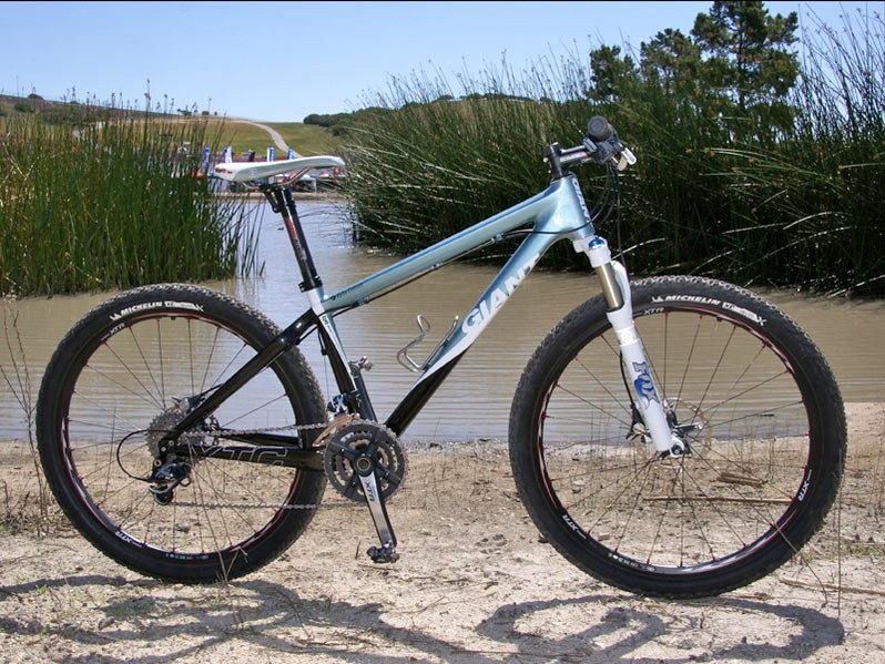 Team Giant riders have a new lightweight option for smoother courses this year, the Giant XTC Advanced SL.