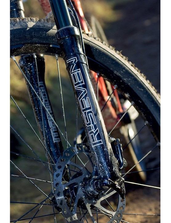 The Manitou R-Seven Elite fork is supple and controlled