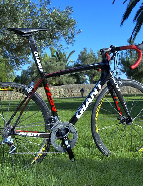 Giant's new TCR Advanced SL  is noticeably stiffer and more comfortable than the previous version.  It looks better, too, especially in top-flight trim as seen here with SRAM Red and Mavic Cosmic Carbone Ultimate wheels.