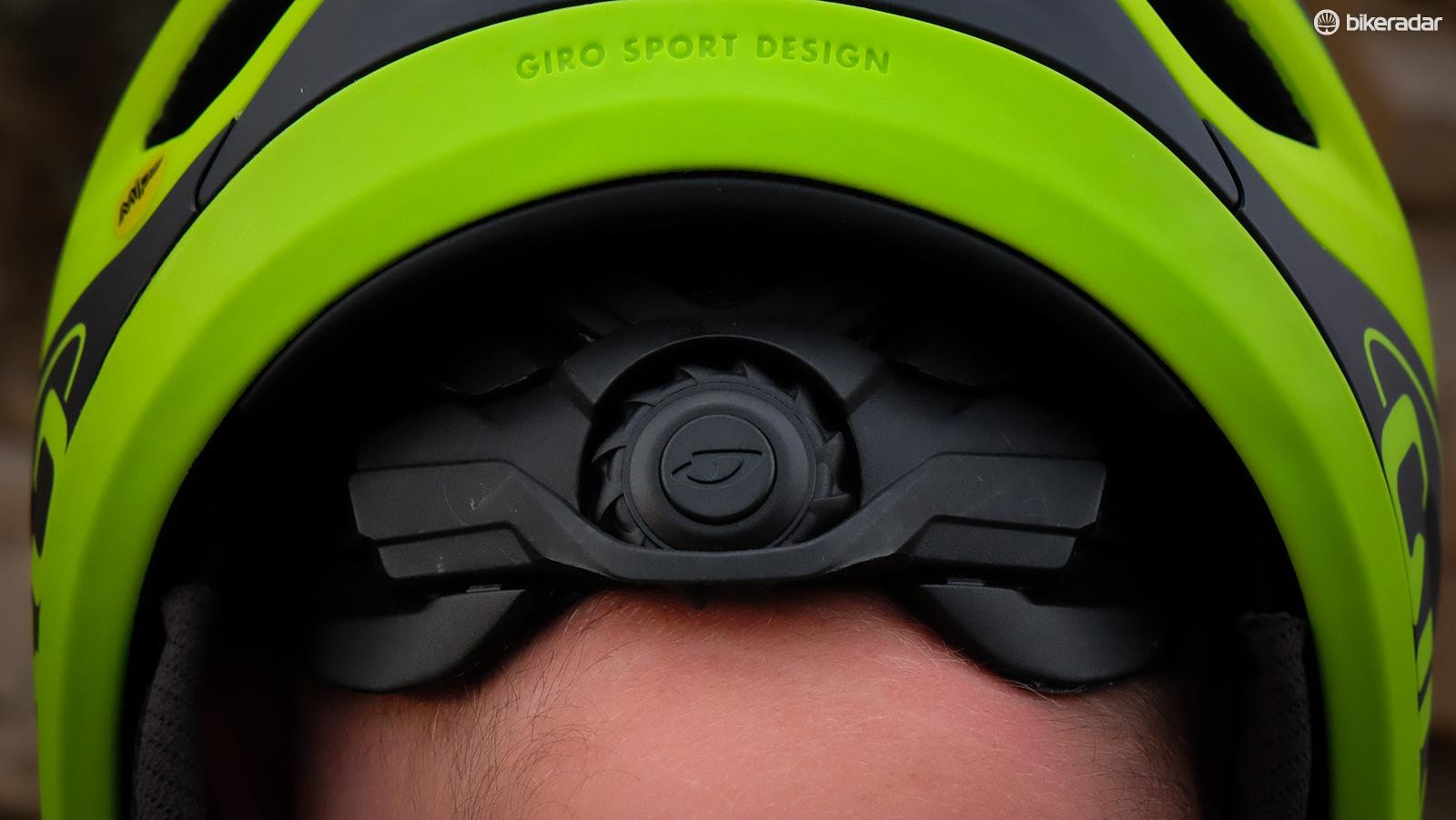 Giro's Roc Loc DH fit system sits at the base of the skull and makes it easy to dial in the fit