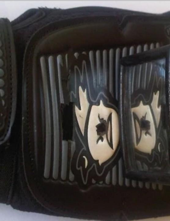 Glove mounted rearview mirror, hmmmmm....