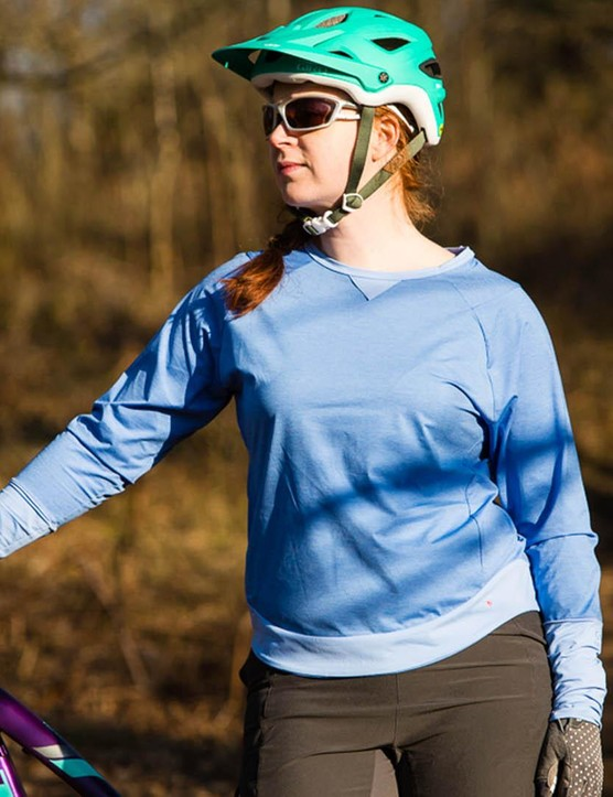 The Gore Power Trail Lady jersey and shorts