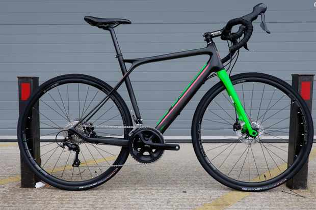 The 2017 GT Grade Carbon 105 is priced at £2,249