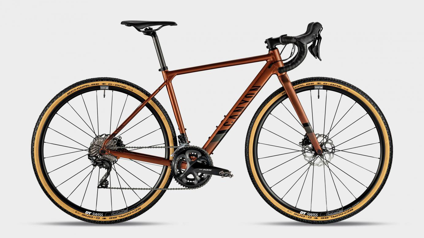 The Canyon Grail WMN 7.0 comes in an eye-catching copper shade