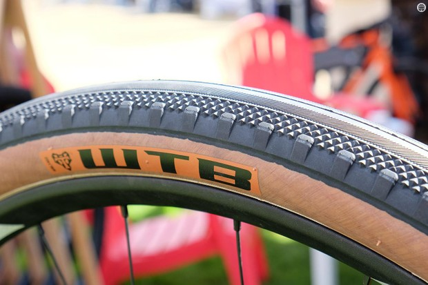 WTB has a new 650x47 tire called the Byway. This new tread has an intermediate diamond tread with low-profile side knobs to make it better suited to gravel than the smoother Horizon model