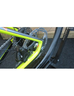 Flat mounts, thru' axles and provison for guards on the Niner