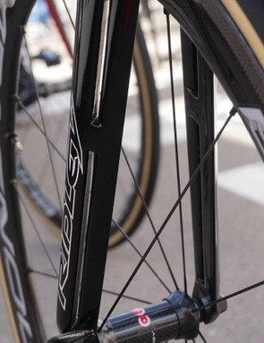 The Noah SL's F-Split fork cleans up the air around the spinning wheel, Ridley claims