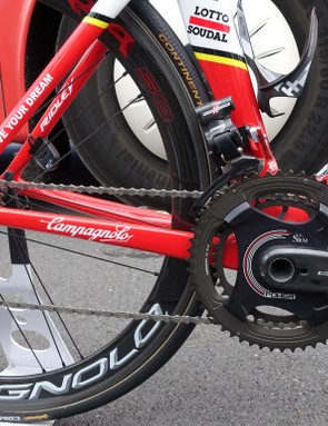 Greipel's massive power numbers are recorded by a Campagnolo Record SRM with 172.5mm crankarms and stout 54/39 gearing. Campy's Super Record EPS shifts across Greipel's 11-25 cassette