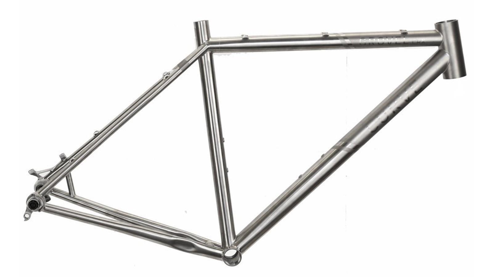 Curve's CXR titanium frame