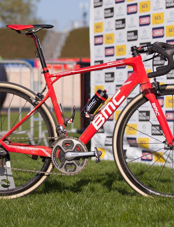 Greg Van Avermaet piloted his #2 BMC Granfondo RBX to victory inside the old Roubaix velodrome in 2017.