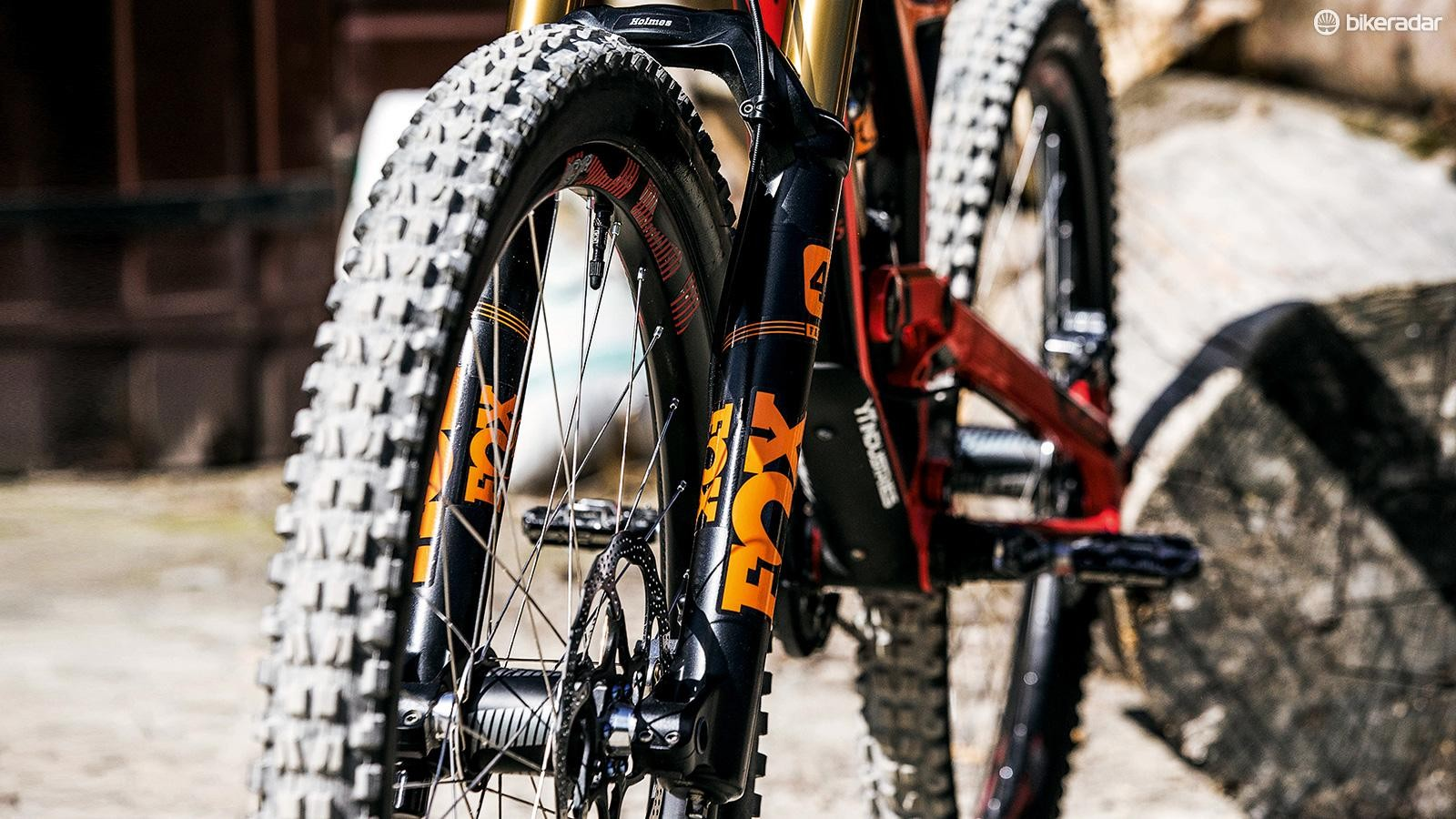 Gwin's 40 Float RC2 fork