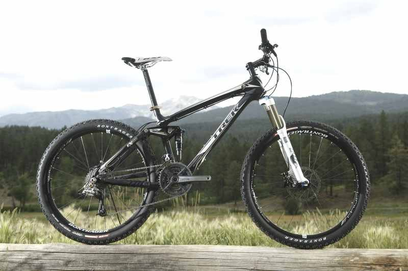 Fuel EX 9.9 is the top-of-the line all-carbon trail wonder  bike